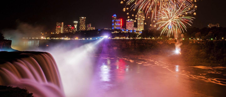 niagara falls nighttime with fireworks