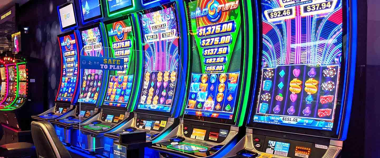 slot floor at casino niagara